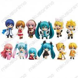 Lote 12 figuras Vocaloid 6.5cm
