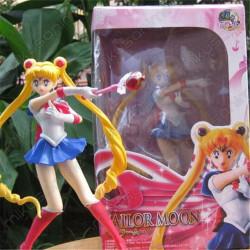Figura Sailor Moon 19CM