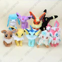Lote 9 peluches pokemon...